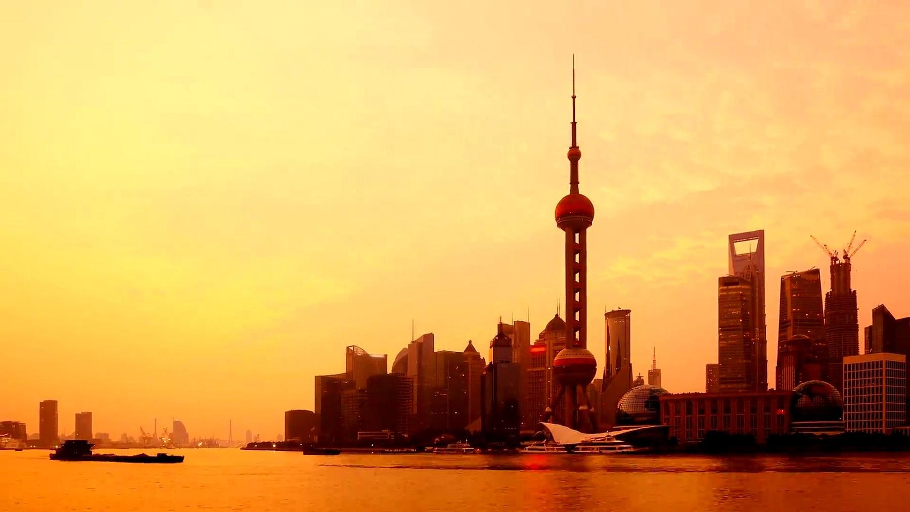 上海黎明时分,延时摄影(缩小)。