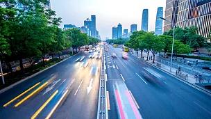 日落时分北京城市交通