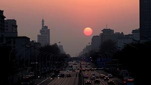 中国北京长安街上的日落