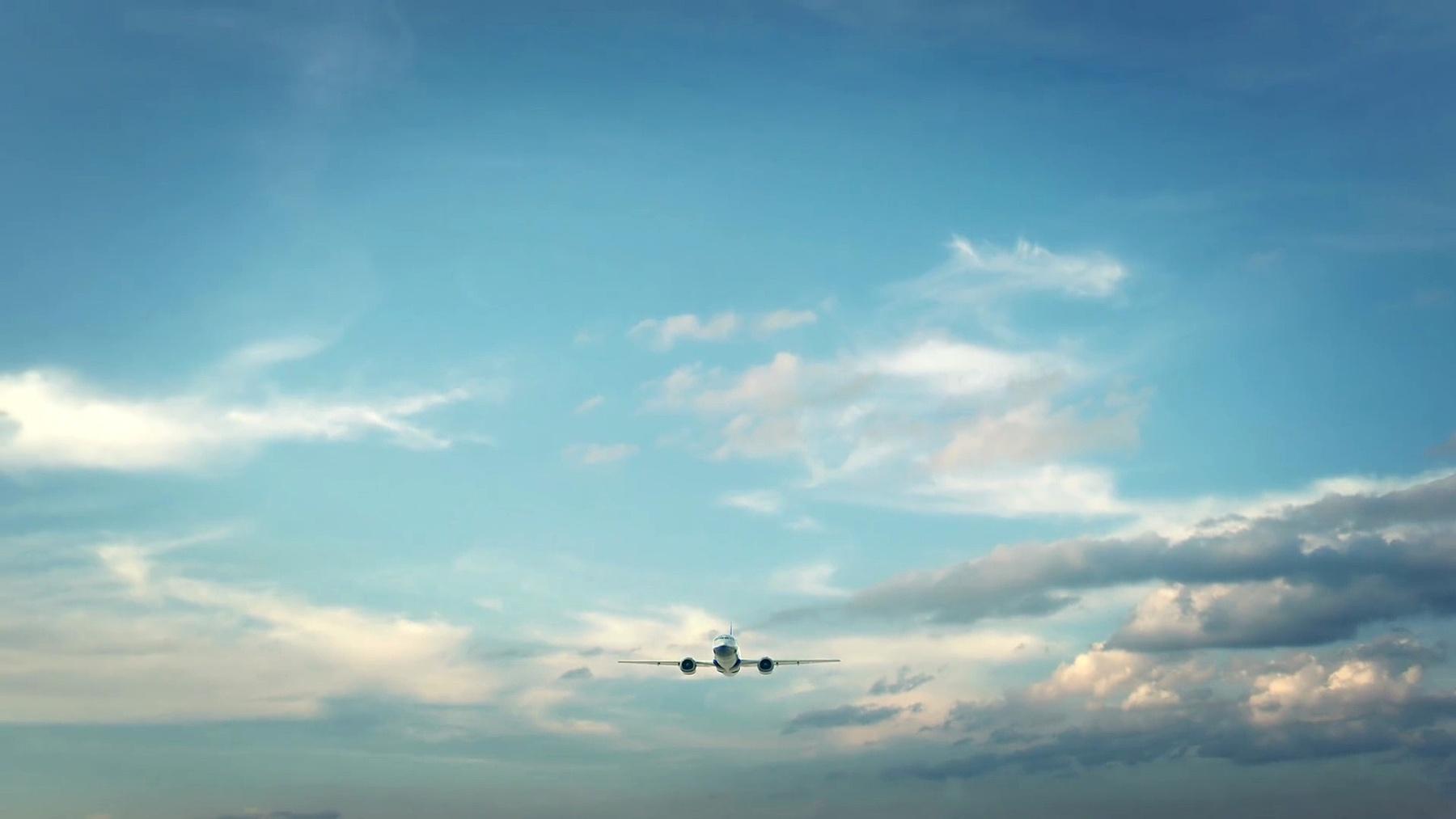 飞机降落在中国深圳