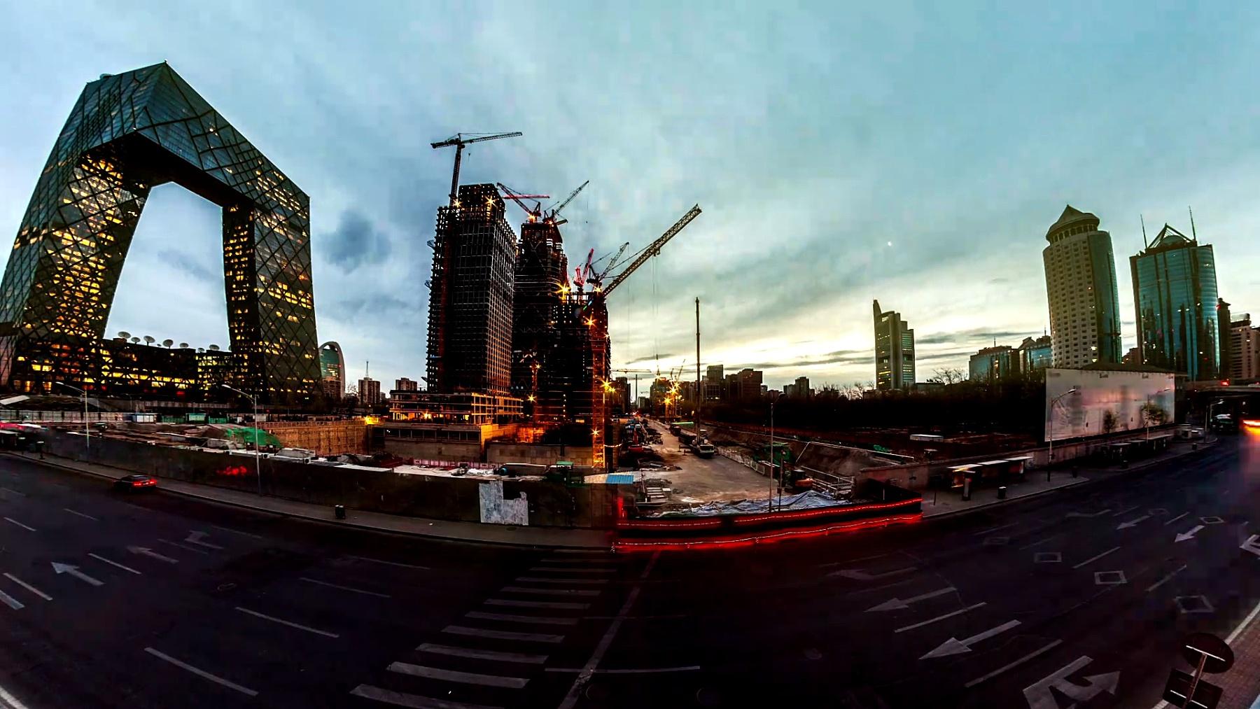 北京众多建筑工地之一。延时摄影。