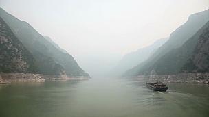 穿越长江三峡的Timelapse视频