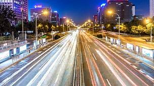 北京快速路的繁忙的交通,延时,夜晚