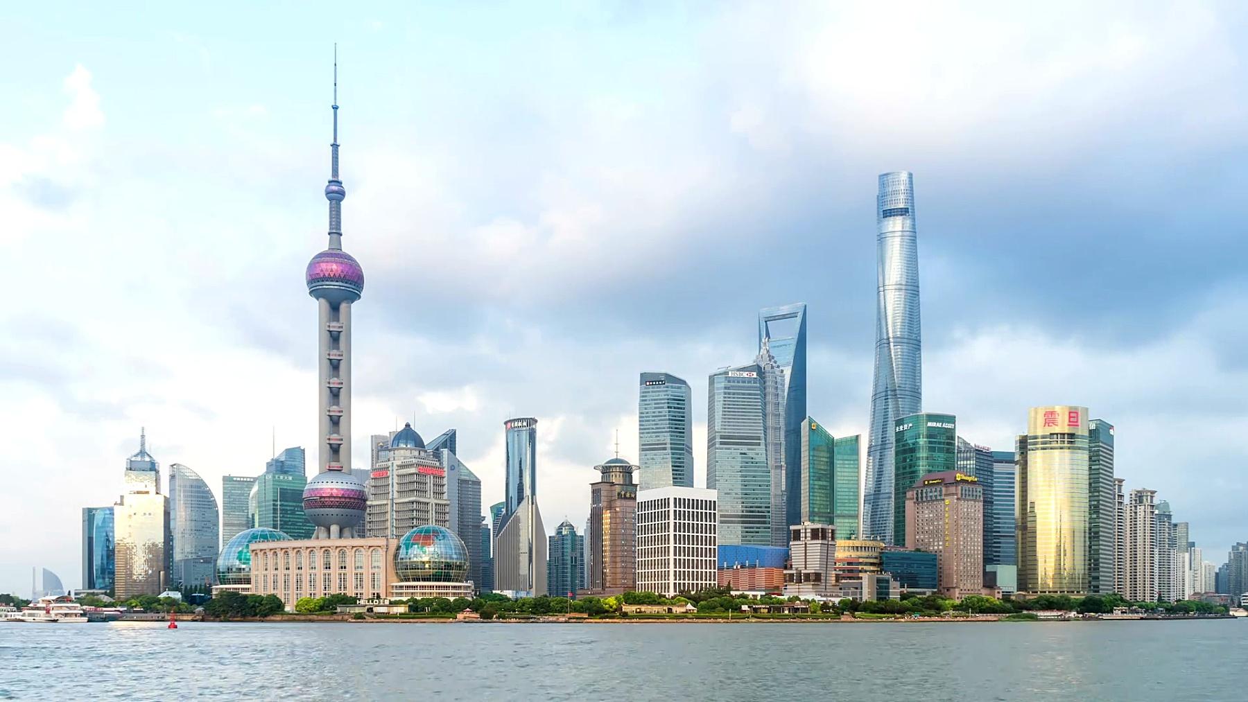 上海浦东延时摄影观看,大约2016年8月在中国上海。