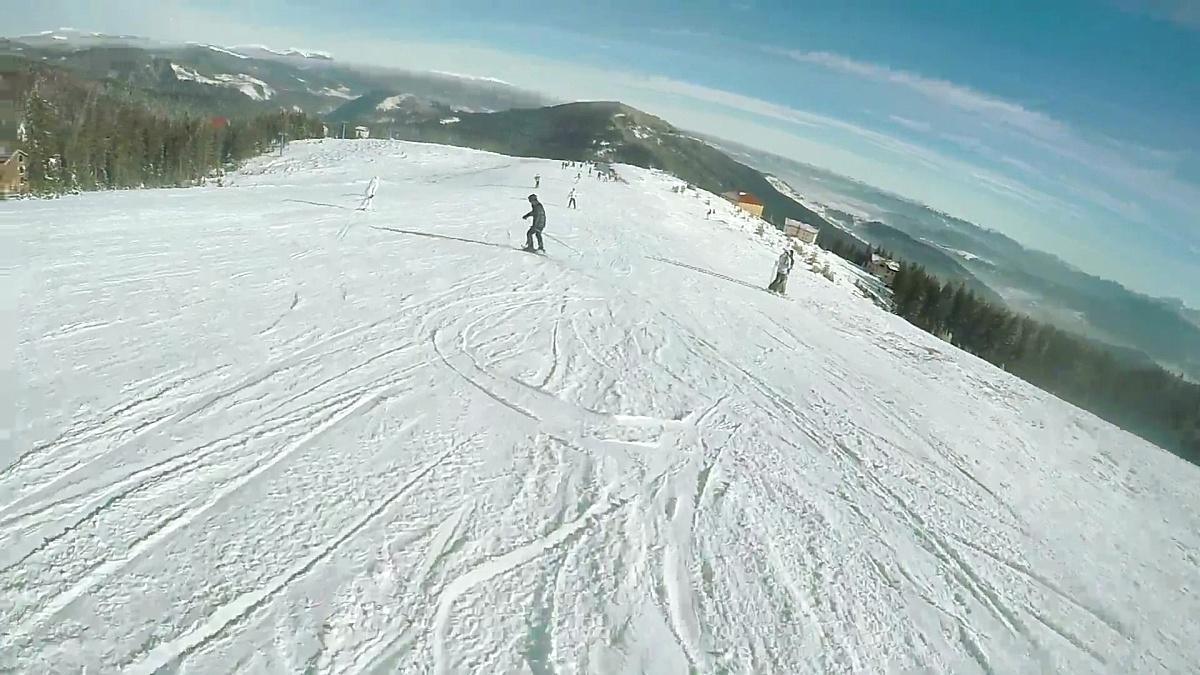 秋天滑雪冬天