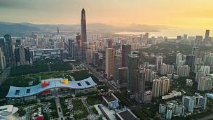 中国深圳城市景观KK100大厦落日天空市中心市政厅航拍全景  Timelapse