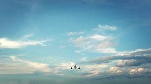 飞机降落中国重庆