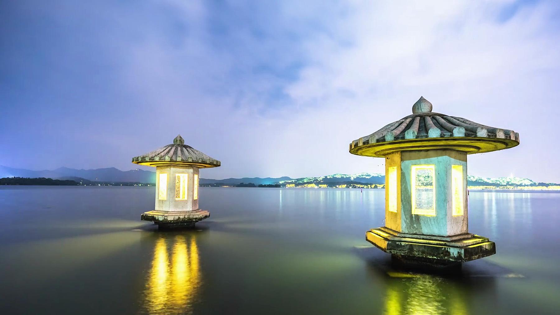 杭州西湖的塔楼。时间间隔