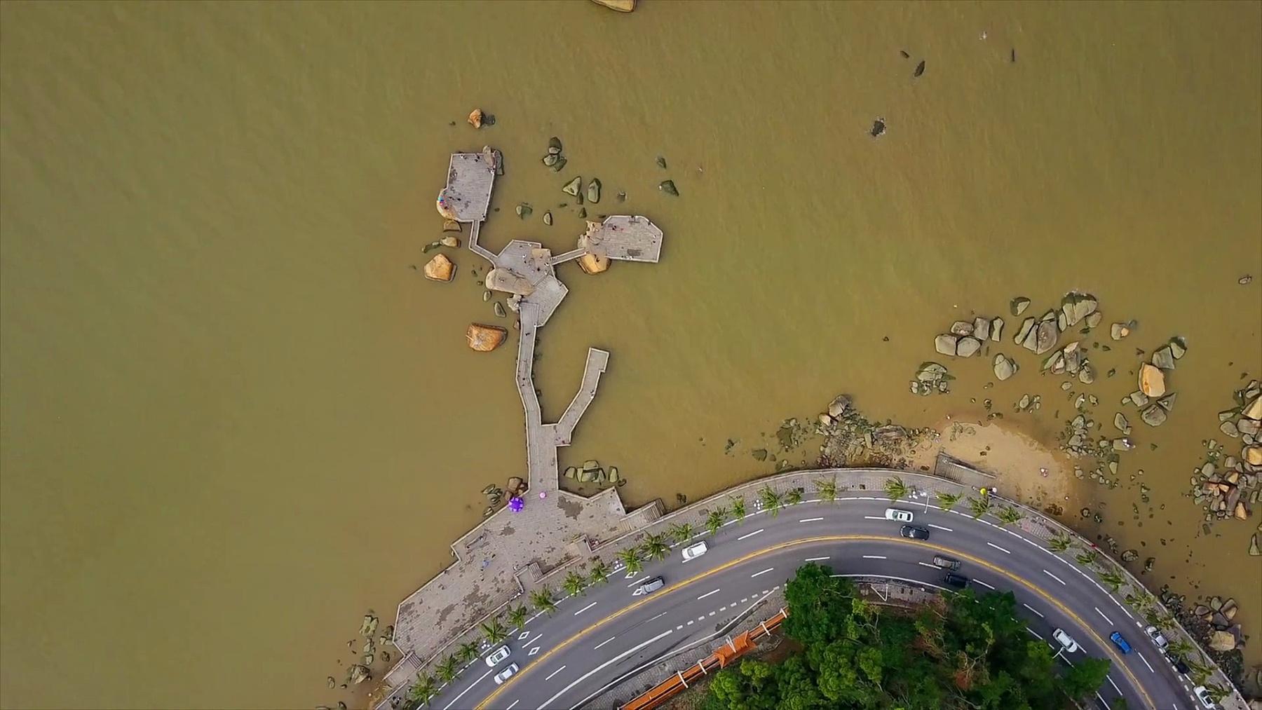 日间珠海市著名渔女纪念碑海湾空中俯瞰 中国