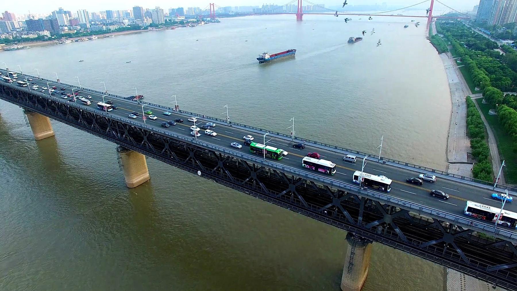 中国湖北武汉长江大桥