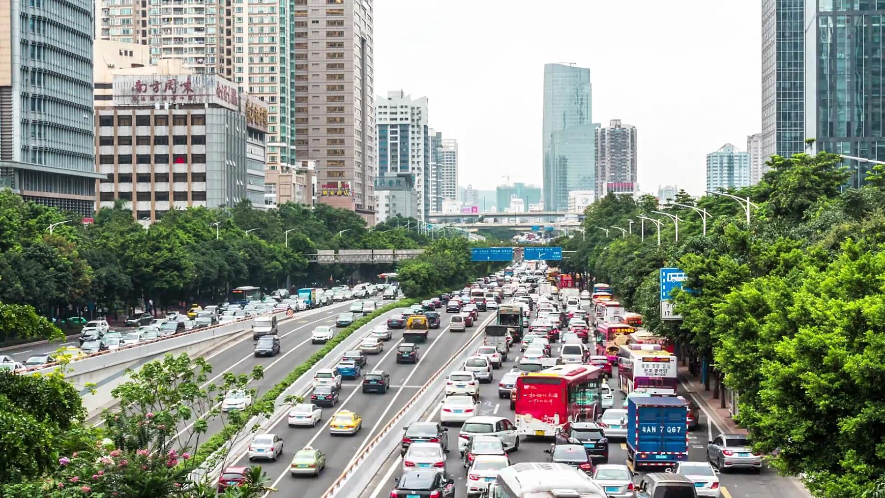 广州市中心繁忙的道路。时间间隔