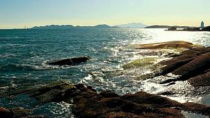日落前的大海