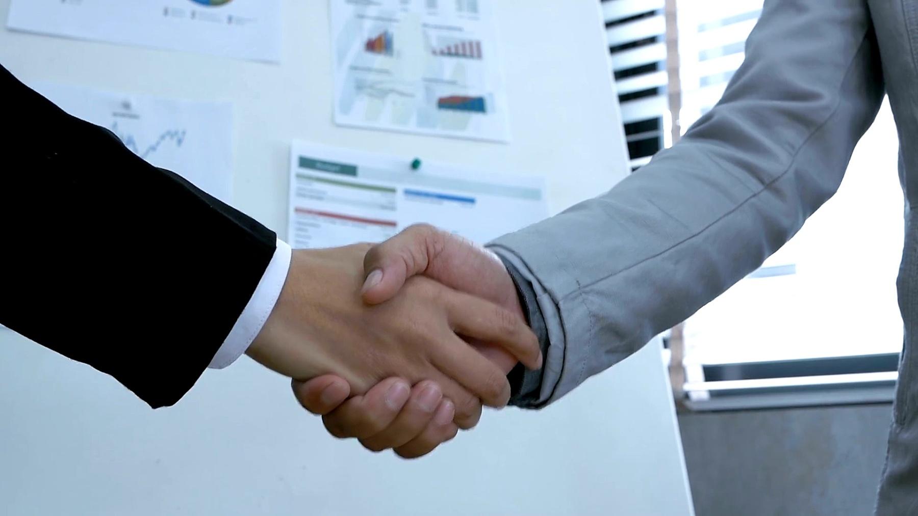 办公室商务握手协议会议