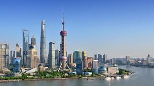 上海天际线从早到晚(延时,放大和平移)