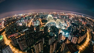 夜间北京天际线/中国北京的T/L鱼眼视图