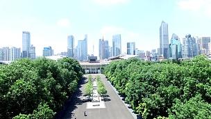 实时鸟瞰广州现代建筑和城市景观。